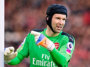 Cascarino: 'Cech could be replaced'