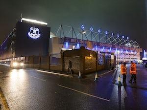 Everton sign teenage defender Markelo