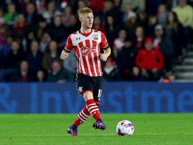Norwich sign Southampton's Reed on loan