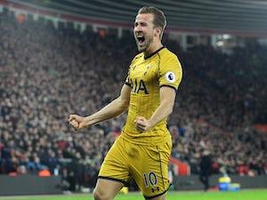 Kane nets four as Spurs thrash Leicester