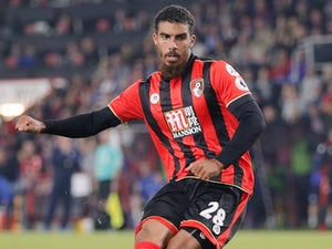 Grabban 'completes Aston Villa loan move'