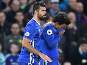 Chelsea work hard to equal top-flight record