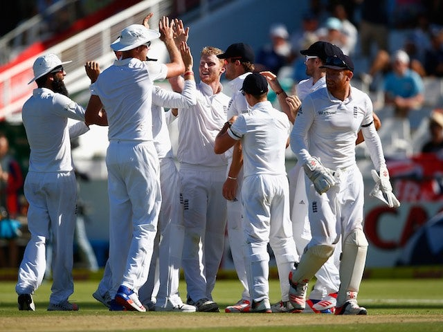 Ben 'stunning' Stokes celebrates with teammates on day two of the second Test between South Africa and England on January 3, 2016