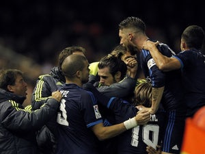Valencia hold 10-man Real Madrid