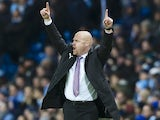 Sean Dyche shouts orders during the Premier League game between Manchester City and Burnley on January 2, 2017