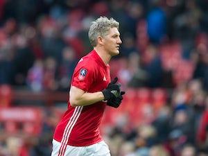 Schweinsteiger scores in Man Utd rout