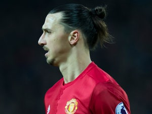 Ibrahimovic aims dig at United rivals