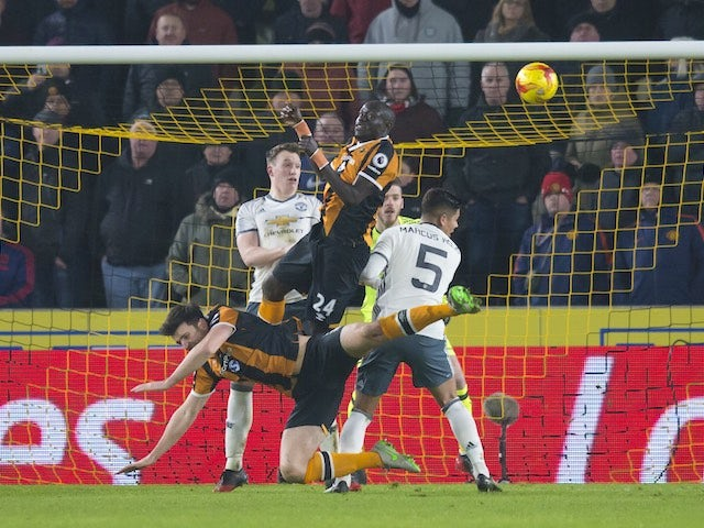 Harry Maguire fails to win a penalty during the EFL Cup semi-final between Hull City and Manchester United on January 26, 2017