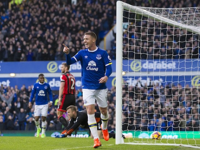 Crystal Palace Consider Move For Everton Midfielder James Mccarthy