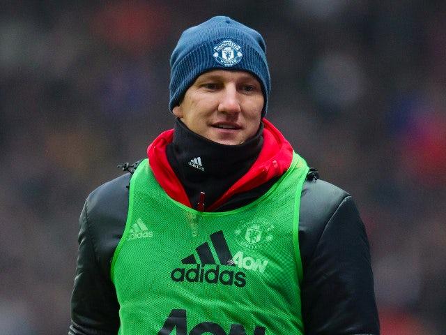 Schweinsteiger plays down injury concerns