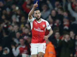 Result: Walcott shines as Arsenal run riot