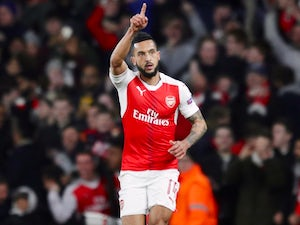 Team News: Walcott starts for Arsenal in Leicester clash