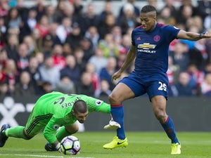 Man United bring up landmark win at Boro