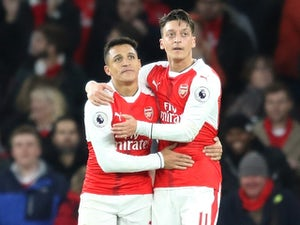 Wenger: 'Ozil, Sanchez committed to Arsenal'