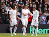 Robert Huth celebrates with Leonardo Ulloa and Jamie Vardy after scoring during the Premier League game between Crystal Palace and Leicester City on April 15, 2017