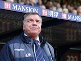 Sam Allardyce watches on during the Premier League game between Crystal Palace and Leicester City on April 15, 2017