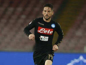 Dries Mertens stars as Napoli go top