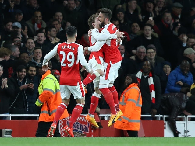 Result: Huth own goal earns Arsenal win over Leicester