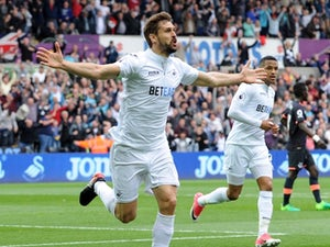 Llorente strikes late to earn comeback win