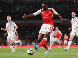 Team News: Welbeck leads line for Gunners at Forest