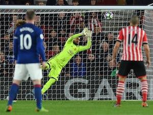 Sergio Romero signs new Man United deal