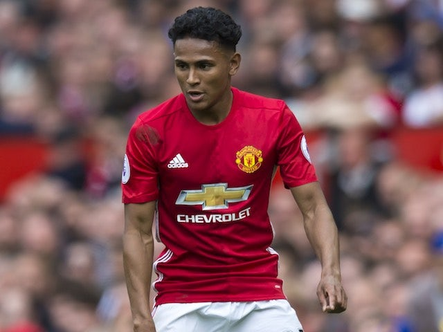Man Utd's Demetri Mitchell joins Hearts on loan