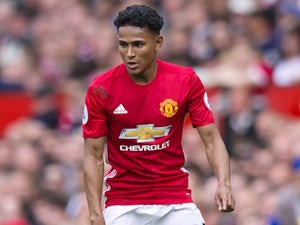 Man United defender completes Hearts move
