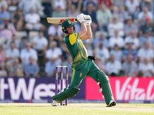 De Villiers steps down as SA ODI captain