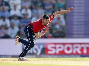Result: England beat South Africa by 19 runs
