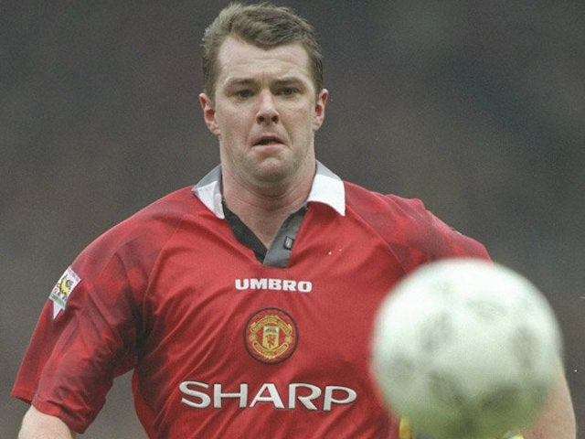 Gary Pallister in action for Manchester United in the mid-'90s