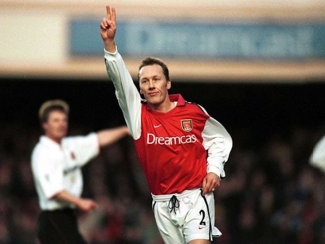 Lee Dixon in action for Arsenal