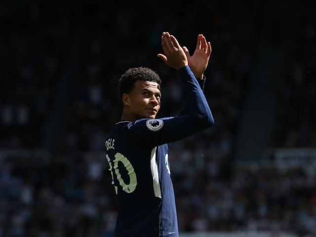 Dele Alli applauds during the Premier League game between Newcastle United and Tottenham Hotspur on August 13, 2017