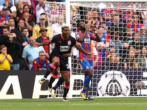 Huddersfield win PL opener at Palace