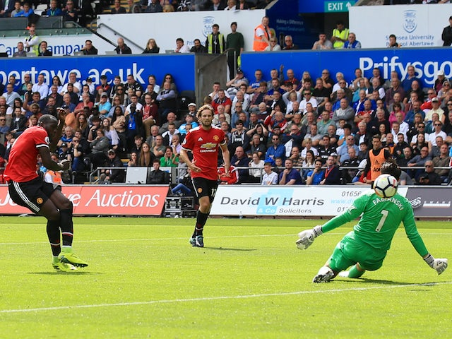 Romelu Lukaku nabs the second during the Premier League game between Swansea City and Manchester United on August 19, 2017