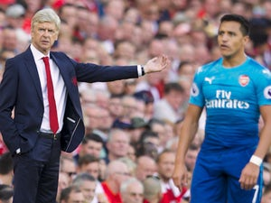 Wenger: 'Sanchez 100% committed to Arsenal'