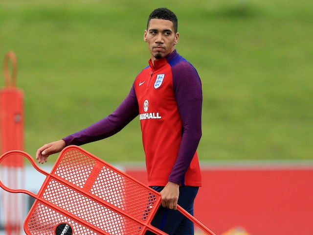 Southgate explains Smalling exclusion