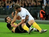 Jan Vertonghen grapples with Sokratis Papastathopoulos during the Champions League game between Tottenham Hotspur and Borussia Dortmund on September 13, 2017