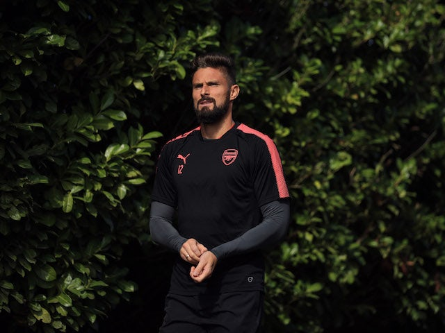 Giroud agent in crunch Arsenal talks?