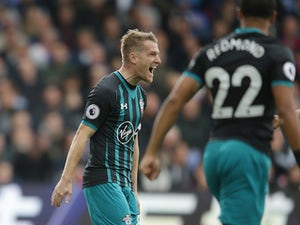 Southampton pour more misery on Palace