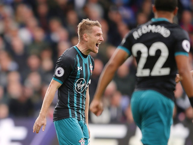 Steven Davis celebrates getting the opener during the Premier League game between Crystal Palace and Southampton on September 16, 2017