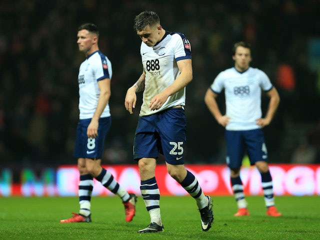 Palace in talks with Preston for striker Hugill