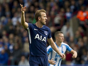 Kane wins Player of the Month accolade