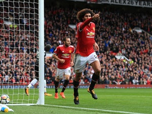 Marouane Fellaini hints at Man Utd stay