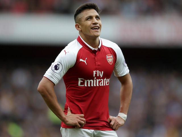 Dani Alves wants Alexis Sanchez at Paris Saint-Germain