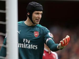 Cech: 'Wenger speculation not helpful'