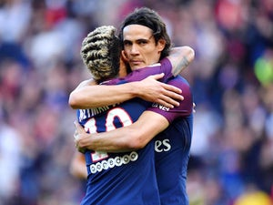 United, Chelsea 'in race to sign Cavani'