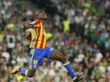 Geoffrey Kondogbia celebrates scoring during the La Liga game between Real Betis and Valencia on October 15, 2017