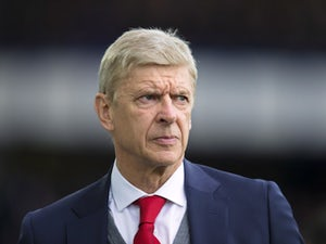 Wenger still seeking PL top-four finish