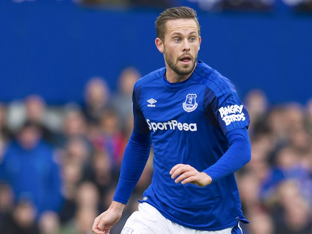 Gylfi Sigurdsson in action during the Premier League game between Everton and Arsenal on October 22, 2017