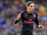 Hector Bellerin in action during the Premier League game between Everton and Arsenal on October 22, 2017